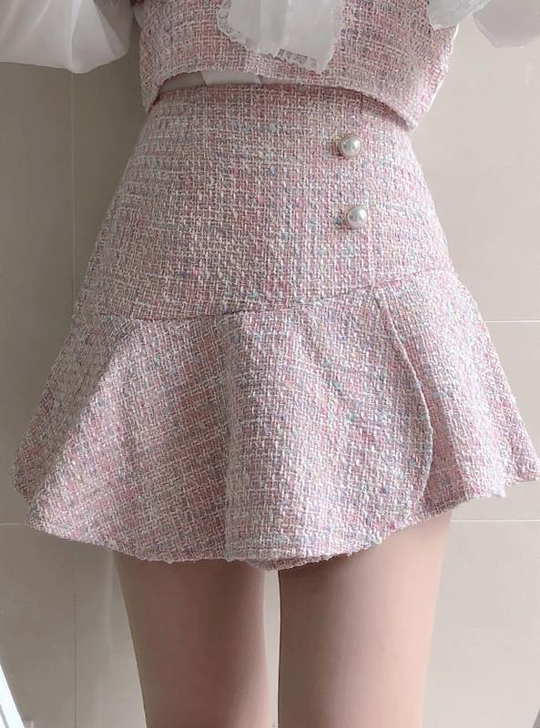 ♥ Chane tweed skirt pants
