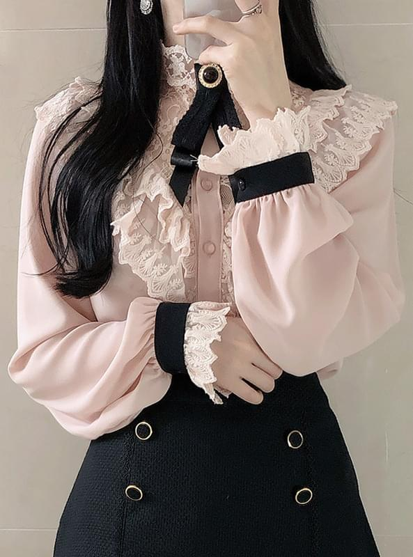 Brooch set Hepburn lace blouse
