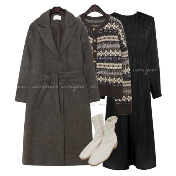 common unique LEIN NORDIC KNIT CARDIGAN,common unique NOIA SMOKE STRAP LONG OPS,common unique MELI WOOL BOKASHI STRAP LONG COAT등을 매치한 코디