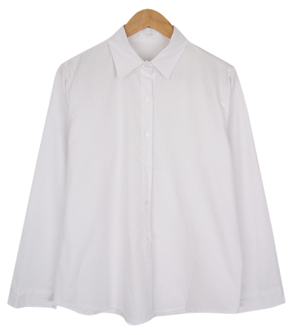 Simple plain long-sleeved shirt