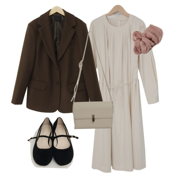 From Beginning Anted wool button jacket_A (울 60%) (size : free),From Beginning Romance shirring long ops_H (size : free),From Beginning Gift gold button bag_C (size : one)등을 매치한 코디