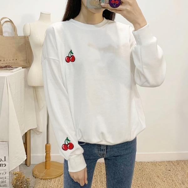 CherryBerry Color Embroidery Round Neck sweat shirt
