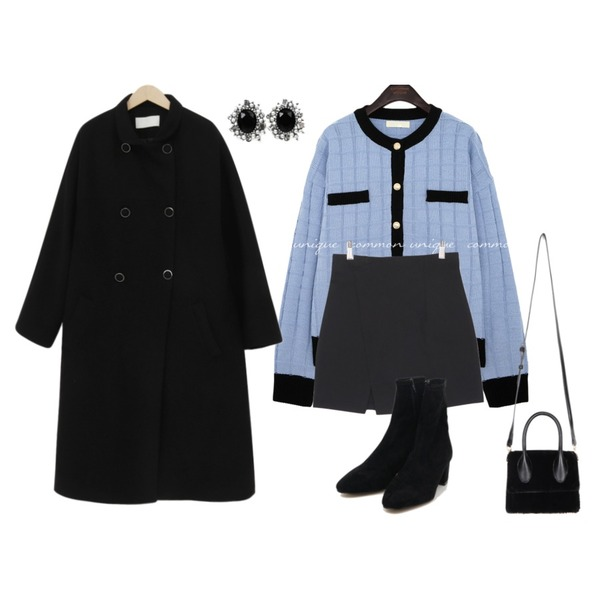 AIN softy suede ankle boots (225-250),openthedoor fur mini tote bag (3 color),openthedoor cubic sun earring (2 color)등을 매치한 코디