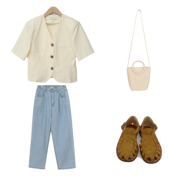 BANHARU fake suede knots sandal,BULLANG GIRL 손잡이동글미니백,From Beginning Dry washing cotton jacket_A (size : free)등을 매치한 코디