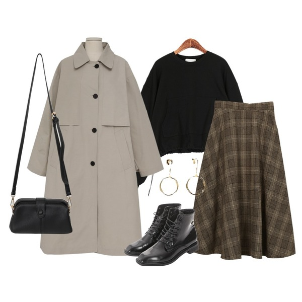 ROCOSIX 글램 워커,From Beginning Made_outer-130_flap boxy trench coat_S (size : free),ROCOSIX 터치 이어링등을 매치한 코디