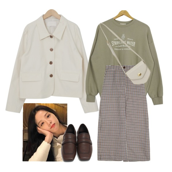 From Beginning Marco stitch flat loafer_J (size : 225,230,235,240,245,250),From Beginning Mate cotton collar jacket_C (size : free),From Beginning Pent mini cross bag_A (size : one)등을 매치한 코디