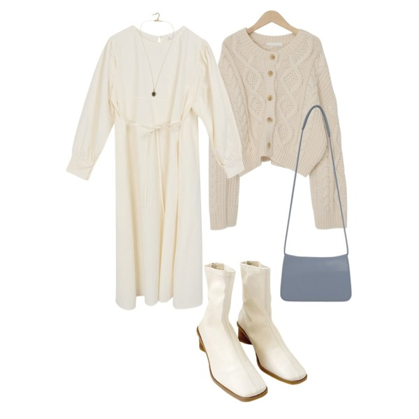 From Beginning Cable button round cardigan_A (size : free),From Beginning Every bright necklace_J (size : one),biznshoe Square wood ankle ankle boots (2colors)등을 매치한 코디