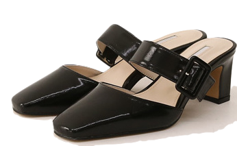 DEVA BUCKLE STRAPPED SQUARE HEEL