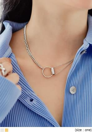 O RING UNBAL CHAIN NECKLACE