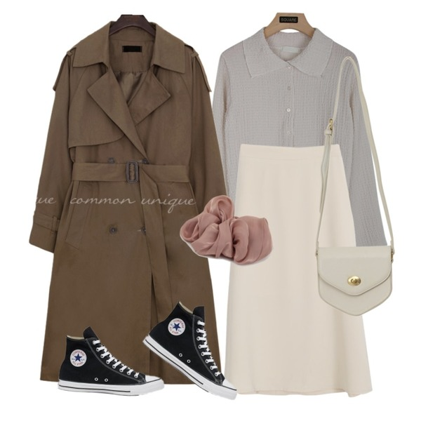 From Beginning Satin bold hair string_Y (size : one),From Beginning Pent mini cross bag_A (size : one),common unique MOHABI DOUBLE TRENCH COAT등을 매치한 코디