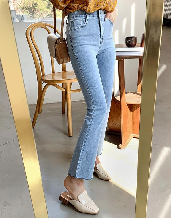 Semi slim date denim