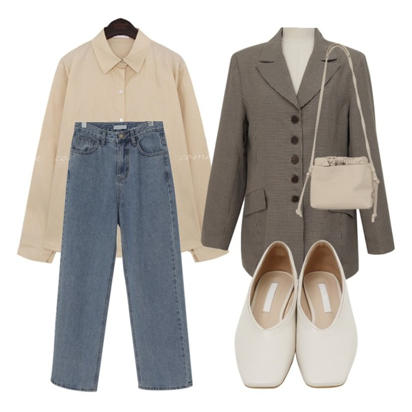 From Beginning Sharp square flat shoes_K (size : 230,235,240,245,250),From Beginning Wide long denim pants_J (size : S,M,L),From Beginning Shirring strap two-way bag_J (size : one)등을 매치한 코디