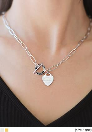 HEART PENDANT TOGGLE NECKLACE