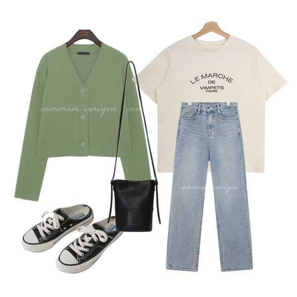 AFTERMONDAY simple mule sneakers (2colors),Zemma World 'LE MARCHE' 레터링반팔티 (바이오워싱),common unique JEITIN WASHING WIDE DENIM PANTS등을 매치한 코디