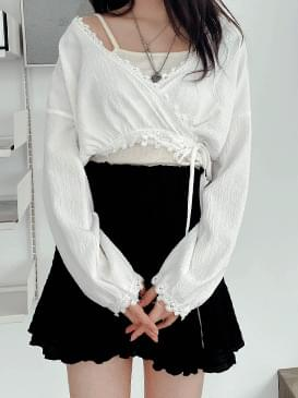 Crop lace rapblouse ブラウス