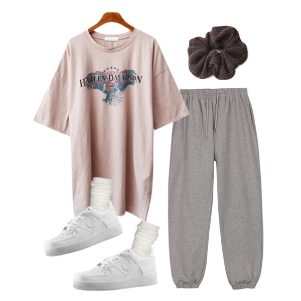 AFTERMONDAY cotton fabric hair band (2colors),biznshoe Washing band jogger pants (3colors),ENVYLOOK 피닉스워싱티등을 매치한 코디
