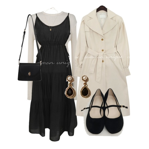 common unique REVLIN BALLOON TRENCH COAT,From Beginning Butter daily cross bag_H (size : one),From Beginning Young flat mary-jane shoes_H (size : 225,230,235,240,245,250)등을 매치한 코디