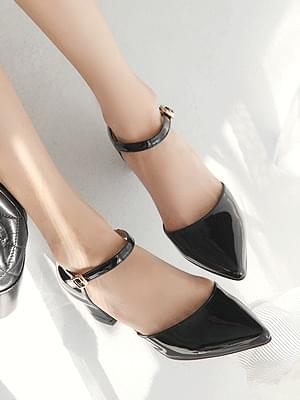 Koetsu Mary Jane Middle Heel Pumps 5cm heels