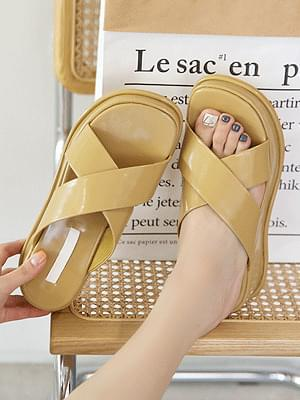 Fedins thick sole slippers 5 cm sandals