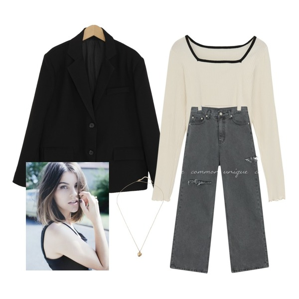 From Beginning Square neck line T_P (size : free),From Beginning mini point love necklace_C (size : one),common unique TEZ DAMAGE LONG DENIM PANTS등을 매치한 코디