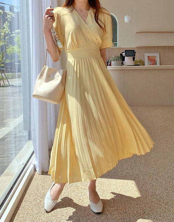 Elin Strap Pleats Long Dress