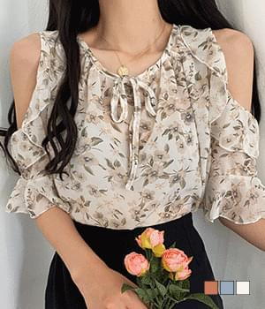 Lily Ruffle Off Shoulder Blouse 襯衫