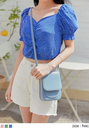 HEART BANDING CROP 1/2 BLOUSE
