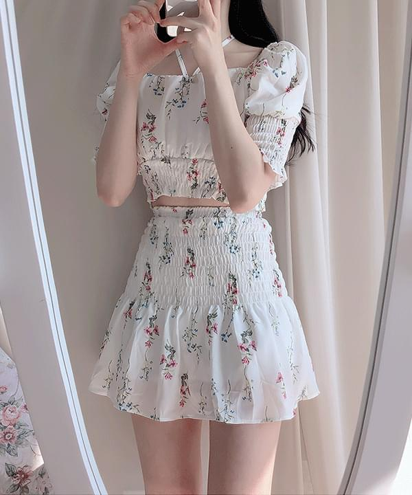 ♥ Rose Flower Crop Blouse + Smoke Skirt Set
