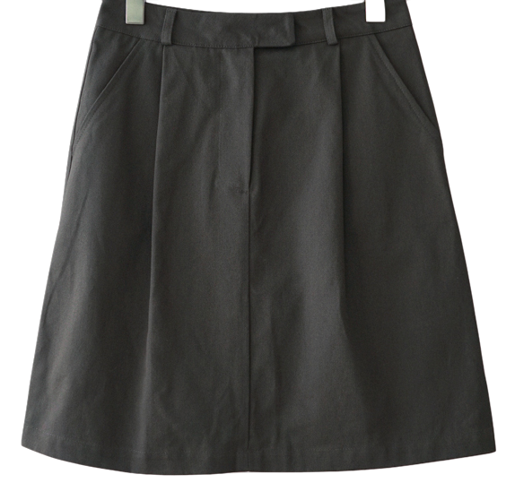 tidy front tuck skirt