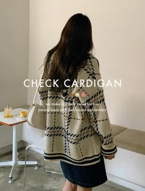 Vintage Check Pattern Loose Fit Cardigan