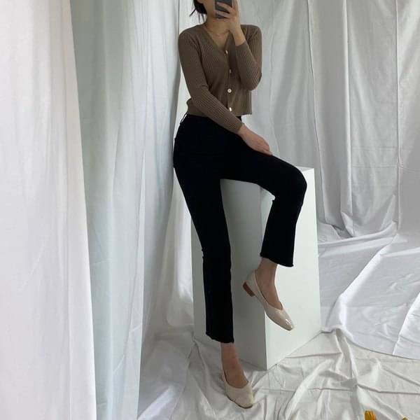 Back banding bootcut trousers