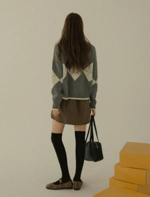 Cony Loose Fit V-Neck Argyle Knit