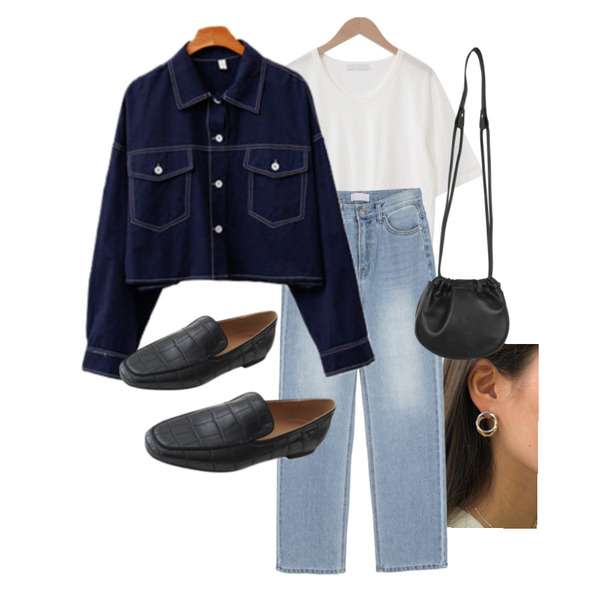 lavenir closer earring,AFTERMONDAY steady glossy middle loafer (2colors),ENVYLOOK 폴스티치셔츠등을 매치한 코디