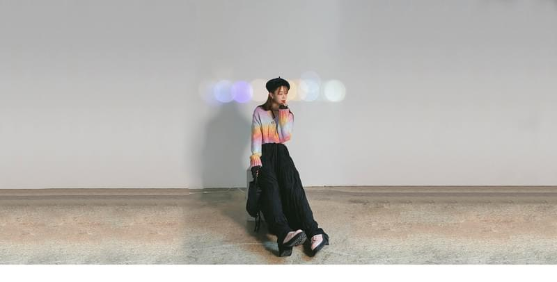 Rainbow cropped cardigan 開襟衫