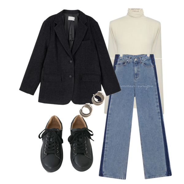 AFTERMONDAY tidy color leather sneakers (5colors),common unique HEIDI MINIMAL RING EARRING,common unique SIDE POINT WASHING DENIM PANTS등을 매치한 코디