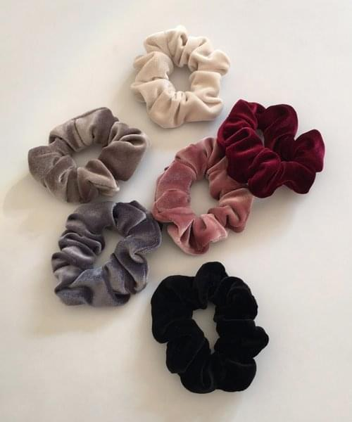 mini velvet scrunchie 配飾