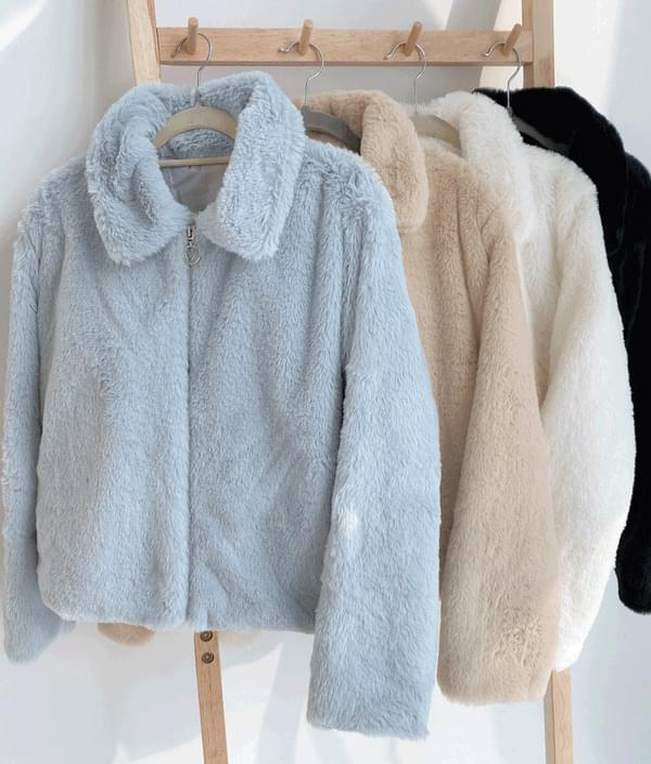 Spread Collar Faux Fur Jacket