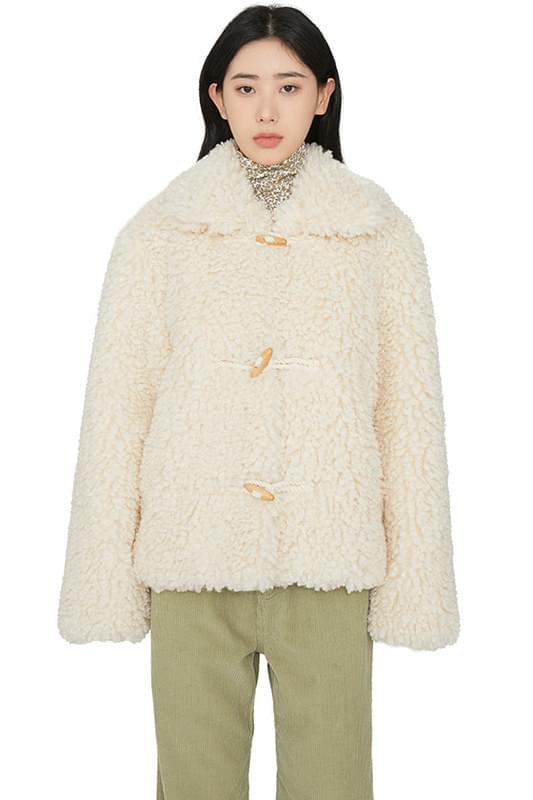 Franc toggle shearling jacket 耳环