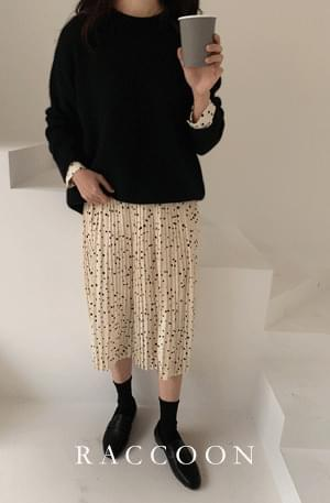 Raccoon Wool Loose Fit Round Knit
