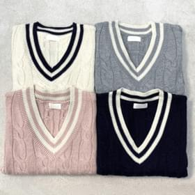 Casual color matching twisted knit vest