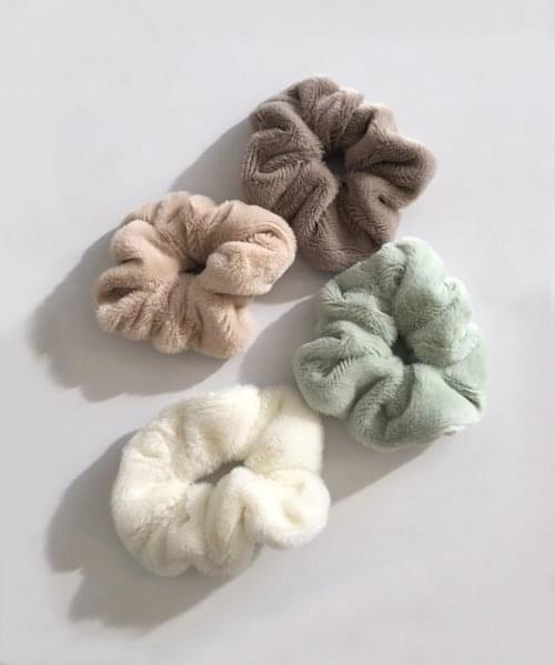 winter scrunchie アクセサリー
