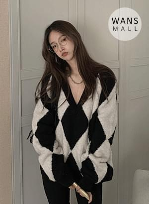 kn3503 diamond v-neck sweater