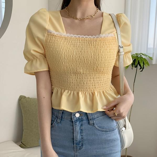 Lace tucked frill blouse