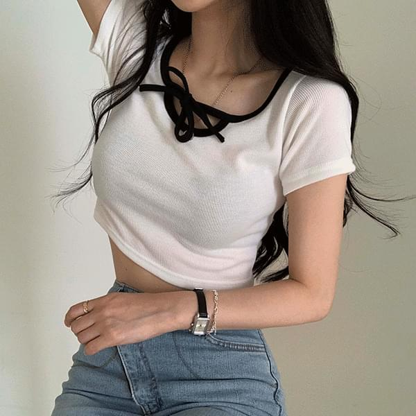 Color matching crop tight T