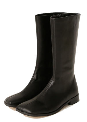 Low Heel Square Toe Boots