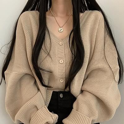 Thick and loose fit cute cardigan