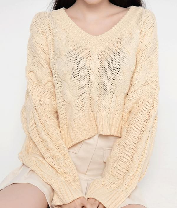 ESSAY Cropped Loose Cable Knit Top