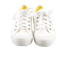 Basic converse shoes