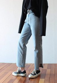 Cut point high waist jean (2color)