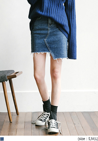 [SKIRT] UNBALANCE CUT DENIM SKIRT